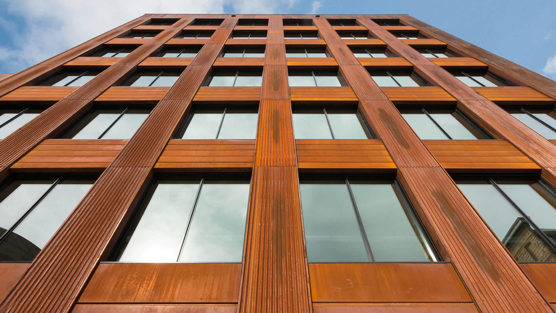prédio de madeira, vista de cima para baixo
