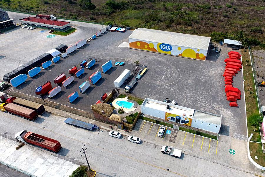 Fábrica da iGUi, a maior franquia brasileira, no México